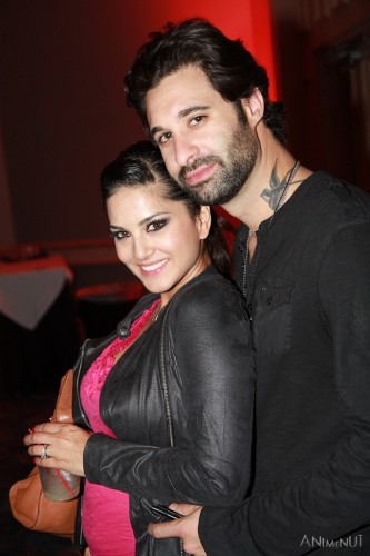 Leone at a party with husband Daniel Weber. Photo by Anime Nut via flickr/CC BY-NC-ND 2.0.