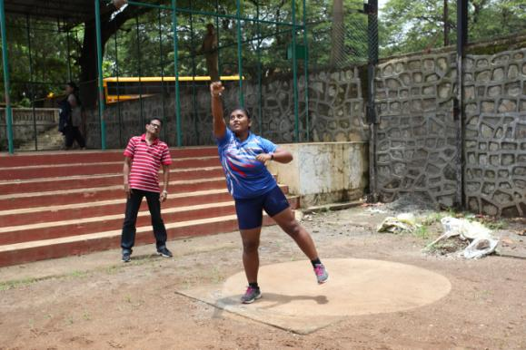 Meghna Devanga in practice with her coach TA Thomas.