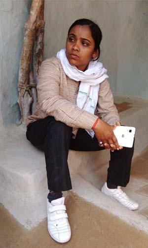 Photo of Sheelu Nishad sitting.
