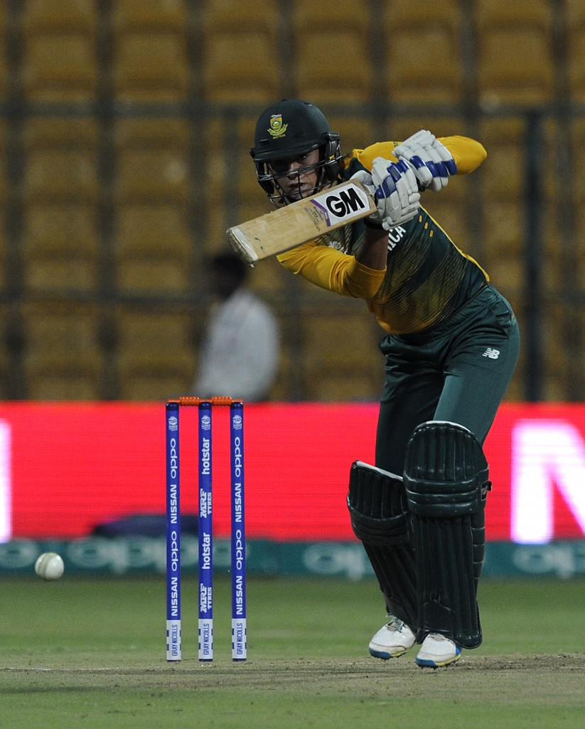 """""""Bangalore, INDIA - MARCH 26 : Marizanne Kapp of South Africa bats during Women's ICC World Twenty20 India 2016 match between South Africa and New Zealand at the Chinnaswamy stadium on March 26, 2016 in Bangalore, India. (Photo by Pal Pillai/IDI via Getty Images)...."""""""