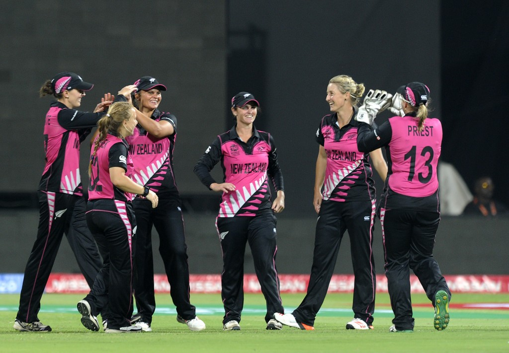 """""""Bangalore, INDIA - MARCH 26 : Sophie Devine of New Zealand celebrates the wicket of Chloe Tryon of South Africa during Women's ICC World Twenty20 India 2016 match between South Africa and New Zealand at the Chinnaswamy stadium on March 26, 2016 in Bangalore, India. (Photo by Pal Pillai/IDI via Getty Images)...."""""""