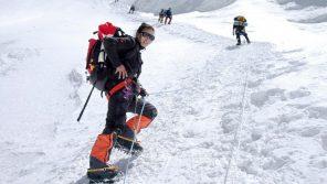 lhakpa-sherpa-climbing