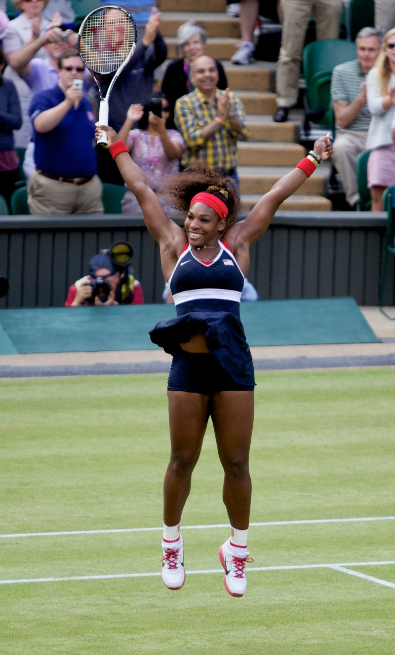 Serena_Williams_wins_Gold_cropped