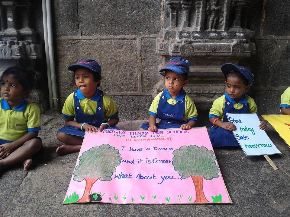 children-1587860_960_720